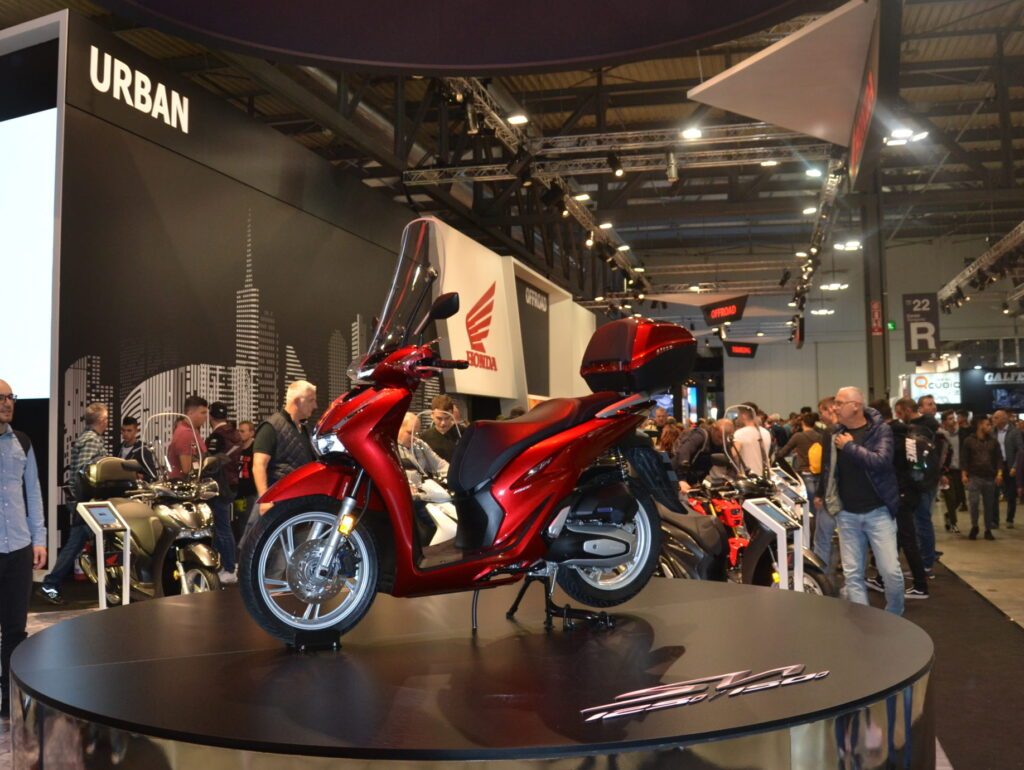 THE DEBUT OF THE NEW SH 125/150i
