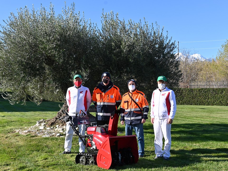A SNOWTHROWER FOR CIVIL PROTECTION